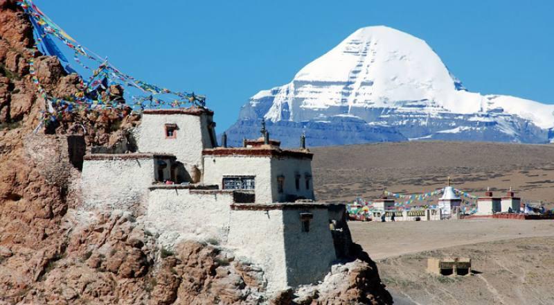 Mount Kailash Overland Tour & Trekking