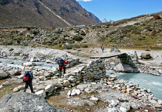 gokyo-valley-with-renjo-la-pass-trek.jpeg