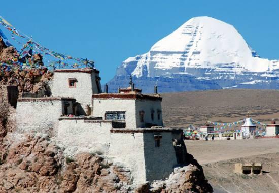 mount-kailash-overland-tour-trekking.jpeg
